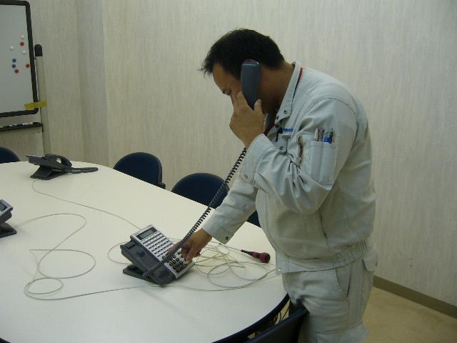 http://www.oomiya-tc.com/test/photo/telephone01.jpg